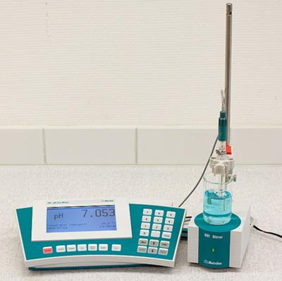 Scientific PH meter
