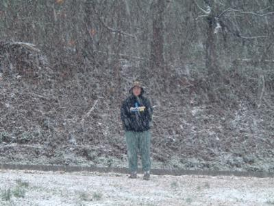 this is what TN snow looks like; wimpy. It melts while it accumlates weird.